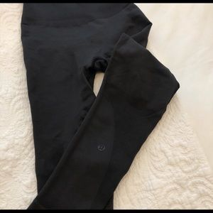 Lululemon tights - leggings